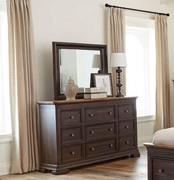 Picture of GRAND LOUIE DRAWER DRESSER