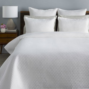 Picture of BRILEY QUEEN BED SET