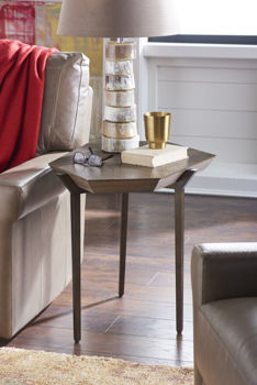 Picture of DIVERGENCE END TABLE